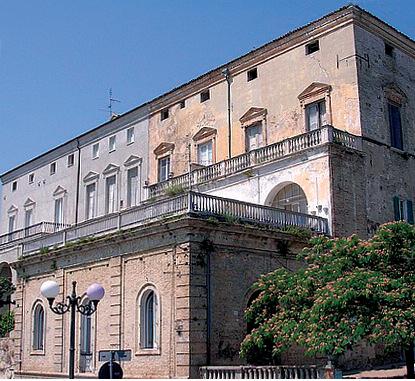 Il Palazzo D'Avalos a Vasto