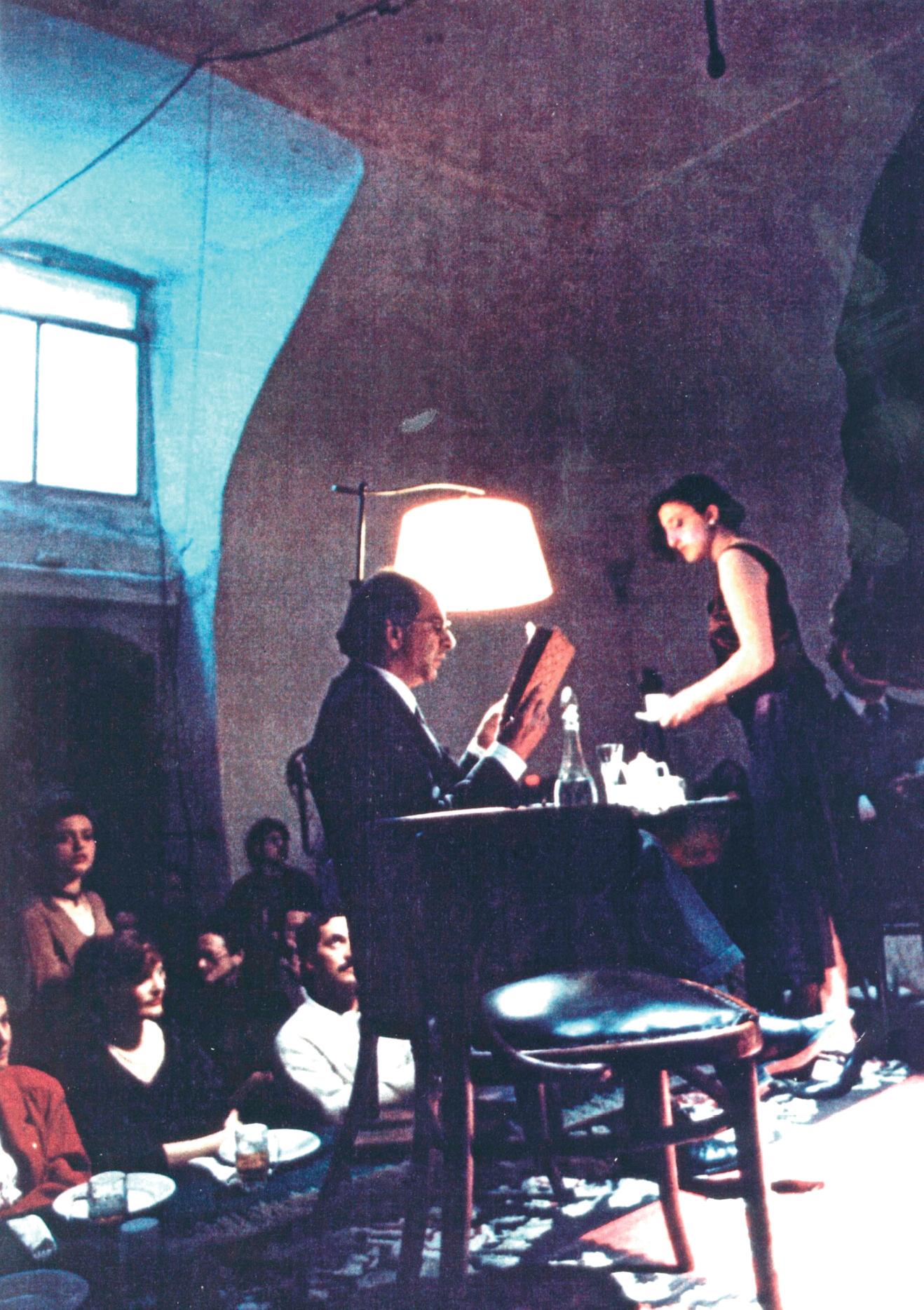 Giacomo Marramao nella parte di Heidegger - foto di Paolo Porto