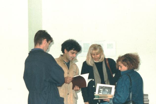 Nunzio, Laura Cherubini, Ester Coen