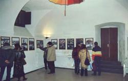 Immagini dell'inaugurazione della mostra presso la sede del Muspac