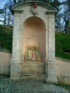 Foto nicchie S. Bernardino - 25 marzo 05 - Venerdì santo