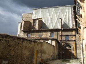 La facciata della chiesa Santa Maria Paganica