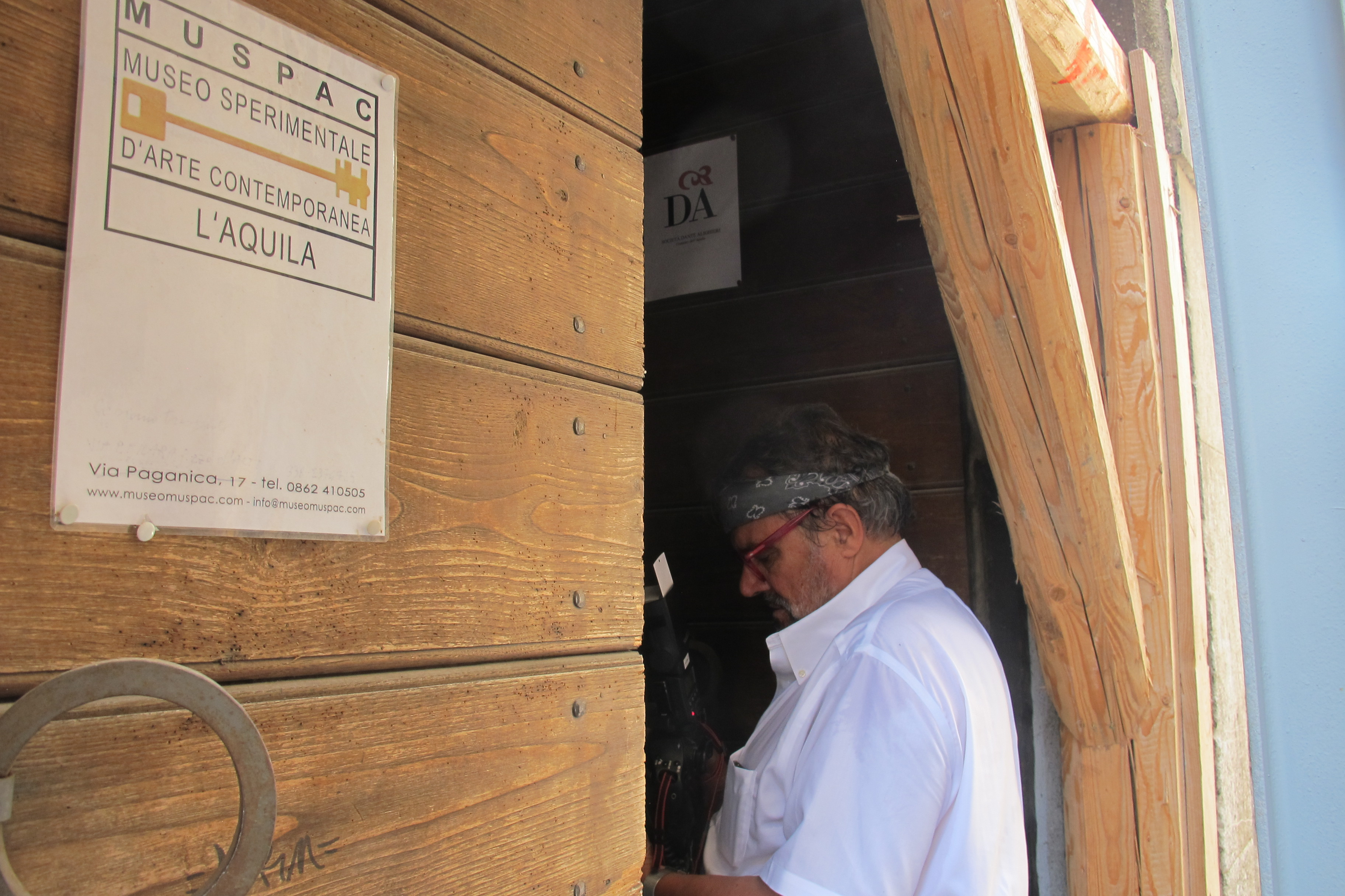 Oliviero Toscani nella sede del Muspac
