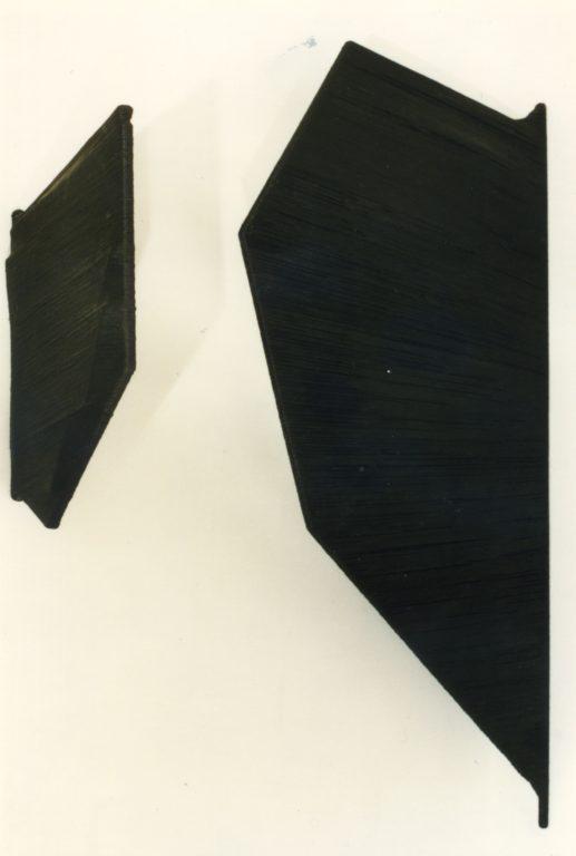 Pino Barillà_senza titolo_installazione_legno spago pittura_dimensioni variabili_1997_hi