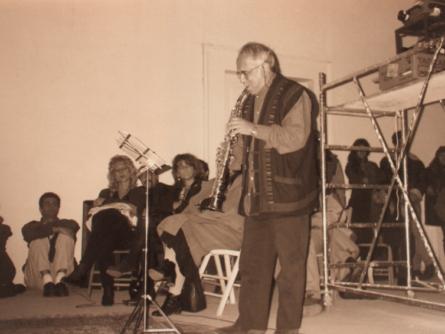 Roberto Laneri esegue un suo brano al Muspac